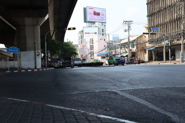 ป้ายโฆษณา led ทางด่วนพระราม 4 ถนนจารุจิตร มุ่งหน้าดาวคะนอง